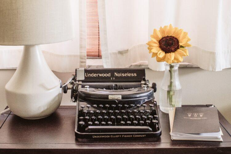typewriter how tech has changed cvs and job seeking